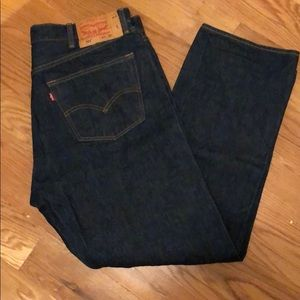 Men's dark demon 501 Levi's.  Size 40x32.